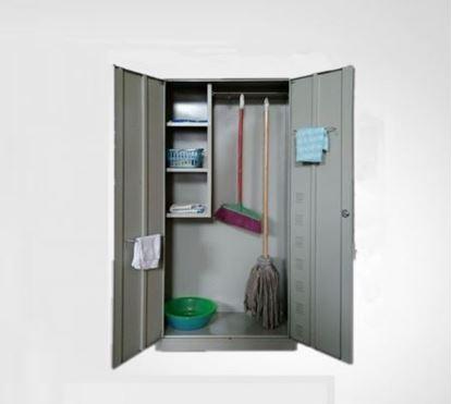 Tủ sắt đựng dụng cụ vệ sinh 01