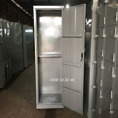 Tủ sắt đựng dụng cụ vệ sinh 2 ngăn 1 khoang 2N1K