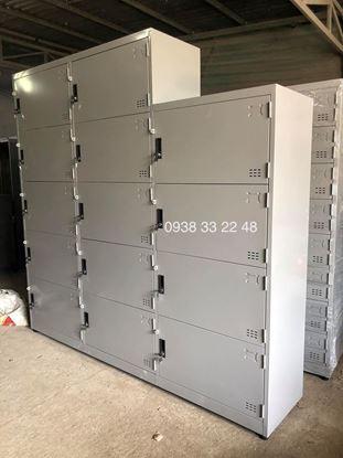 Tủ locker 12 ngăn 3 khoang bên trên có ngăn kệ ghép 12C3K-KG